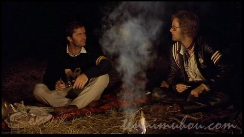 野宿するキャプテン・アメリカとビリーとハンセン