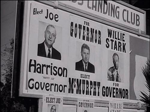 「ウィリー・スターク」の文字が躍る州知事選のポスター