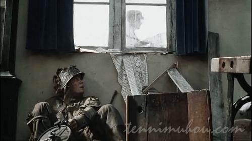 ドイツ兵から隠れるアメリカ兵