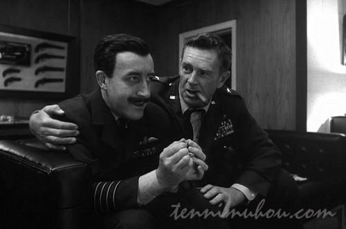 マンドレーク大佐とリッパー准将