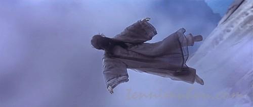 飛び降りたイェン