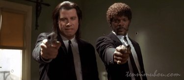銃を構えるヴィンセントとジュールス