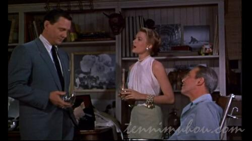 ドイル刑事に操作の依頼をするジェフとリサ