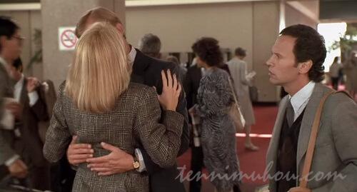 空港で再会するサリーとハリー