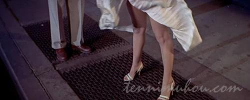 通風口の上に立つマリリン・モンロー