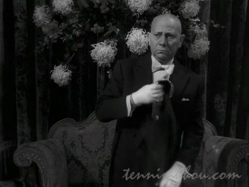 不気味な執事エリッヒ・フォン・シュトロハイム