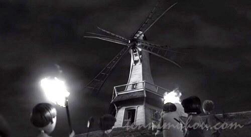 【フランケンシュタイン】へのオマージュの風車