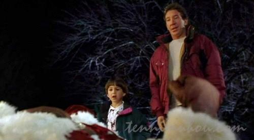【サンタクローズ】サンタが屋根から落ちてきた
